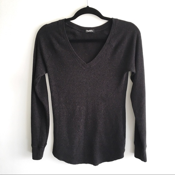 ARITZIA Thermal V-Neck Long Sleeve T-Shirt Grey
